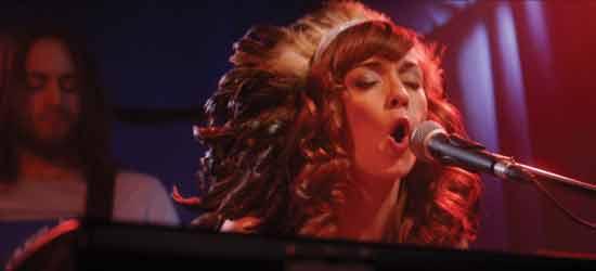 Lucille-singing-